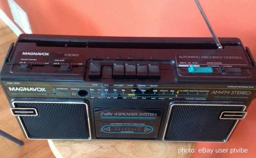 photo of Magnavox AM FM Cassette radio