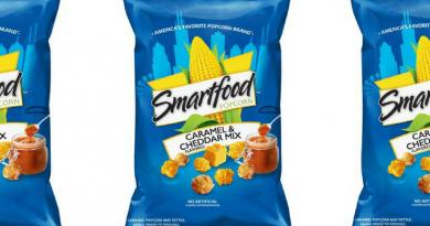 Happiness is….. a Bag of Blue Smartfood Cheddar & Caramel Popcorn